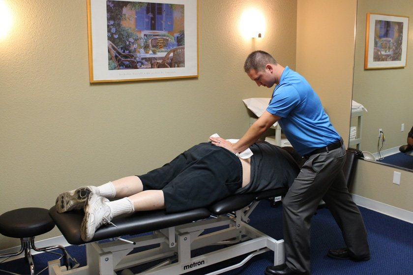 sports-medicine-doctor-oc